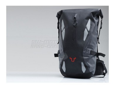 swmotech_triton20_l_waterproof_motorcycle_backpack